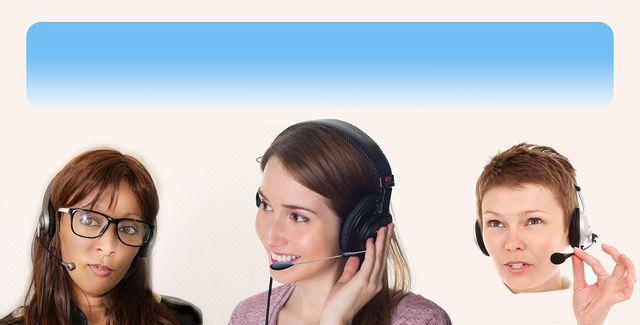 Personen telefonieren